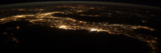 space-chain-home-00-italy